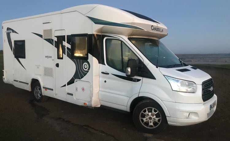 2019 Chausson Welcome 716|Family Motorhome|Bike Rack
