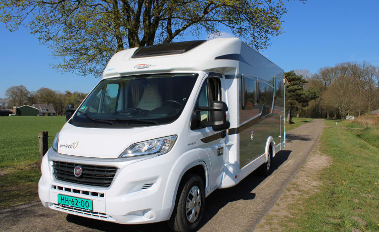 ☀️2021 SUMMER HOLIDAY? ☀️ LUXURY & NEW CARADO (HYMER) T449 CAMPER