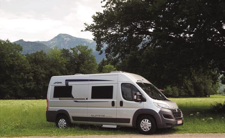 Compact and comfortable Camper Van - pössl summit 600
