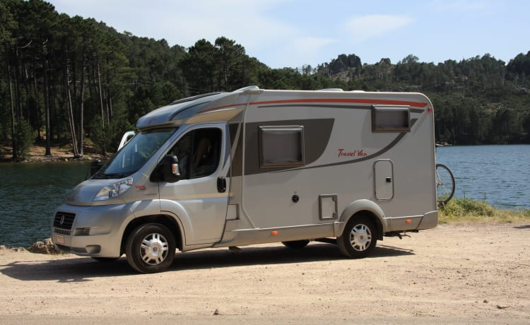 Compact and cozy motorhome for rent!