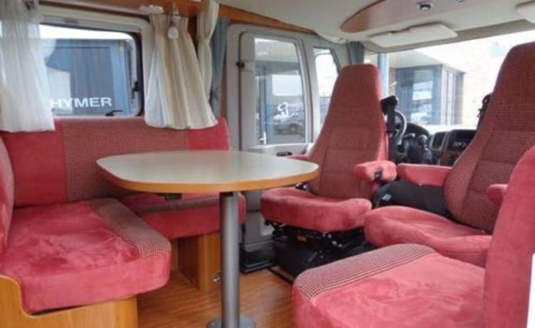 for rent beautiful Hymer / eriba jet 613/614 160 hp