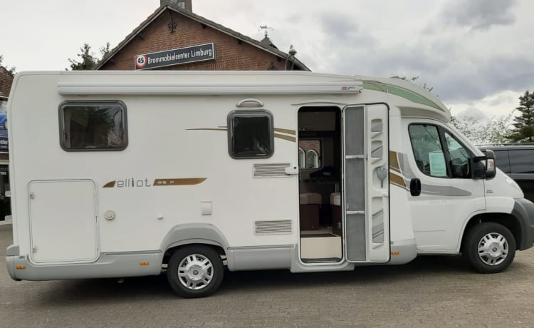 ci elliot 85p – Beautiful camper with 2 single beds and air conditioning on the engine km free