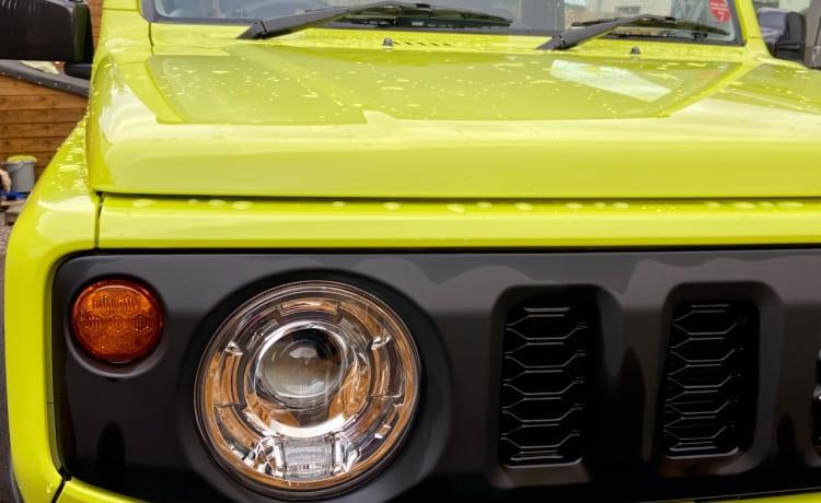 Nieuwe Suzuki Jimny met Ikamper daktent - een minuut opgezet!