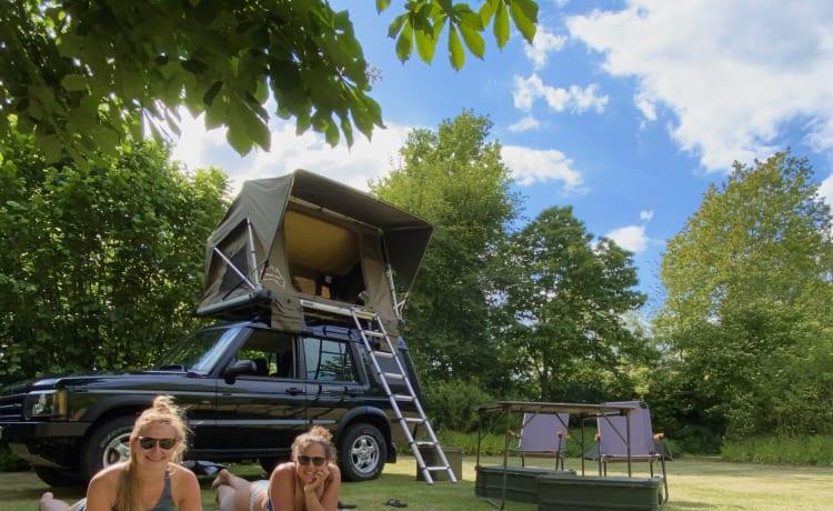 Wolf - Avventura e libertà con una Land Rover con tenda sul tetto!