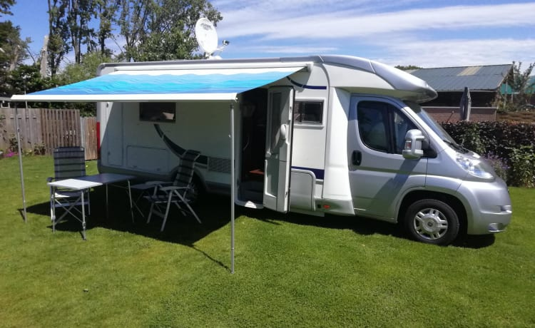 for rent beautiful integral family motorhome