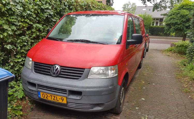 VW Transporter T5 2-person camper