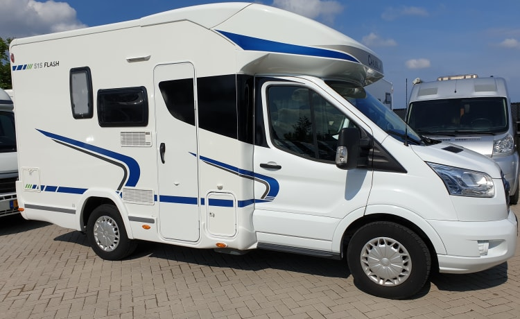Chausson 515 Flash, 3 slaappl 4 zitplaatsen, Corona proof.