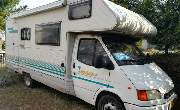 Elnagh Big – Spacious family camper in Spain