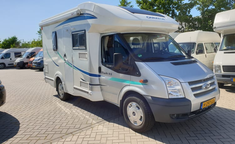 Chausson 02 flash, 2 pers, Corona proof.
