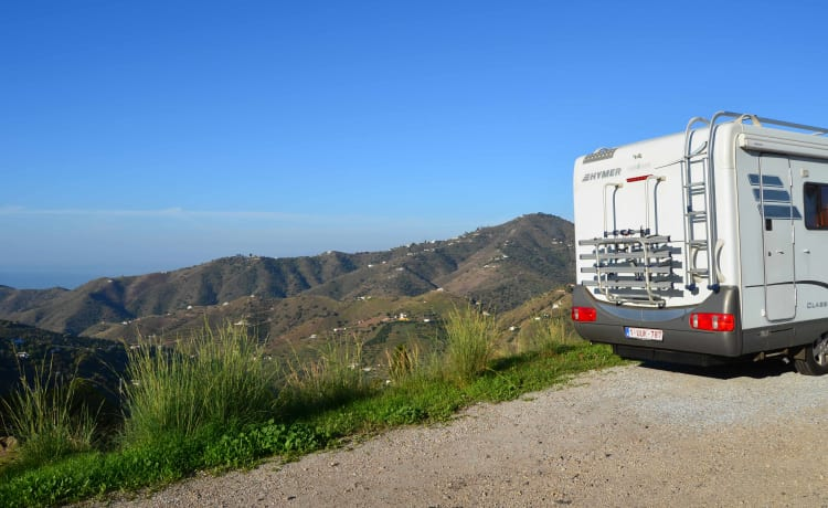 Unique Fly & Drive, discover Andalusia with our fully equipped camper