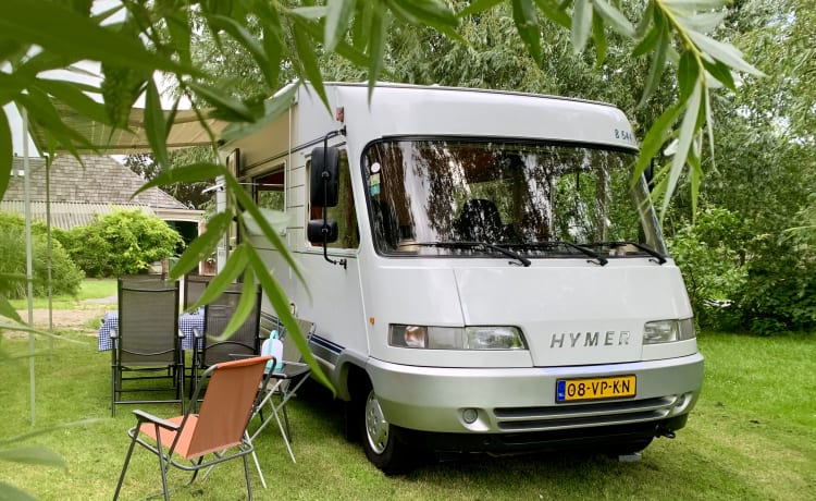 Hymer B544 per 6 persone per una vacanza in camper spensierata!