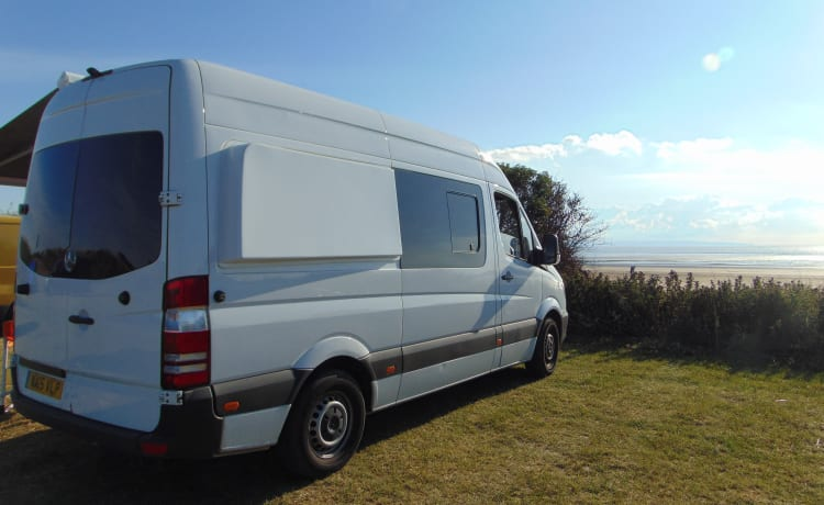 Aosta – 2 berth luxury campervan