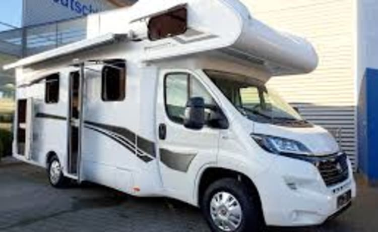 G+type – Very modern camper fully equipped, 200 free extras, navigation, TV