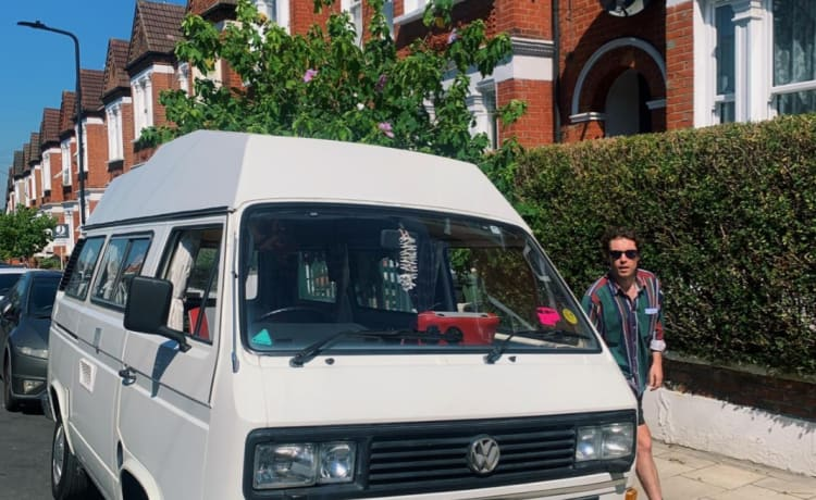 Sully  – VW T25 Campervan