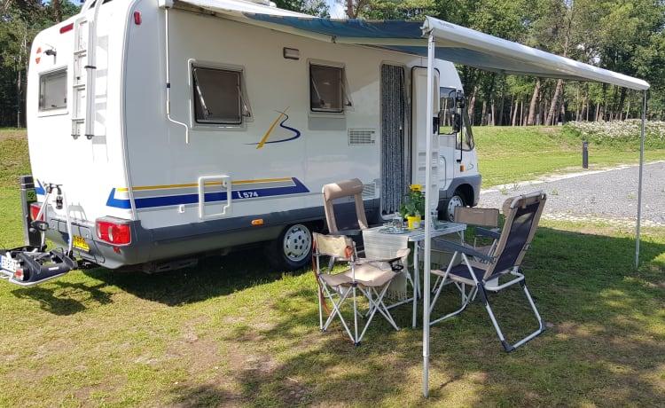 Gezellige en comfortabele 4-persoons camper