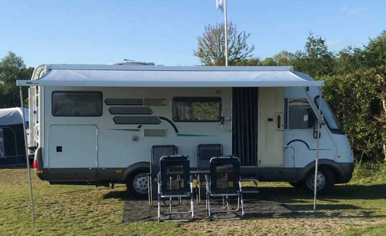 Windseeker – Spacious Hymer! Coronoproof, unlimited mileage, without cleaning costs *