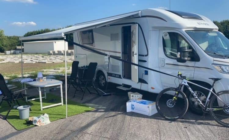 For Rent New Mobilhome Etrusco 7400 for 4 people