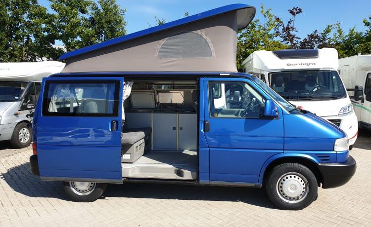 VW T4 California bl, 4 posti letto incl. Portabiciclette.
