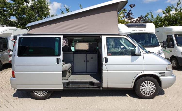 VW T4 California gr, 4 pers slapen, Corona proof.