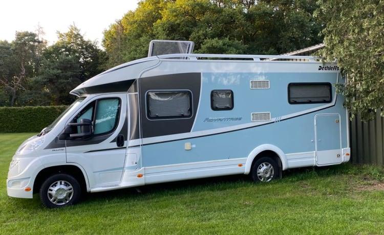 Advantage – Luxe camper Dethleffs Advantage, met enkele bedden.