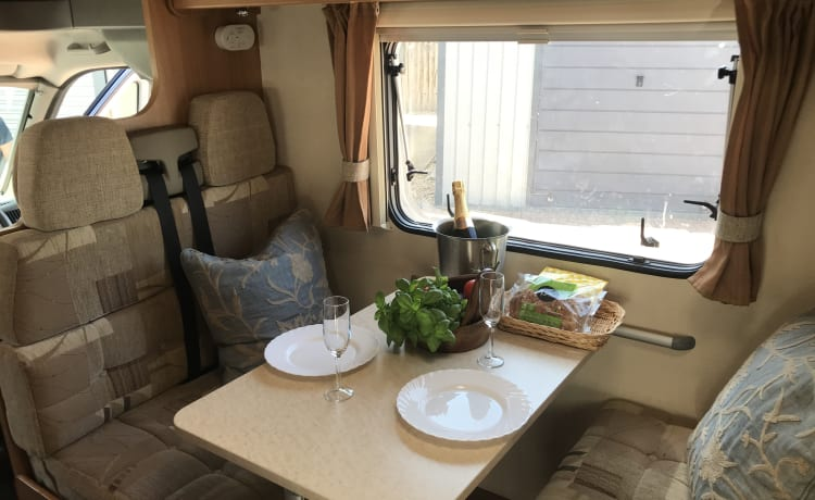 Snoopy – Snoopy, lovely 6 berth 6 belted seats.