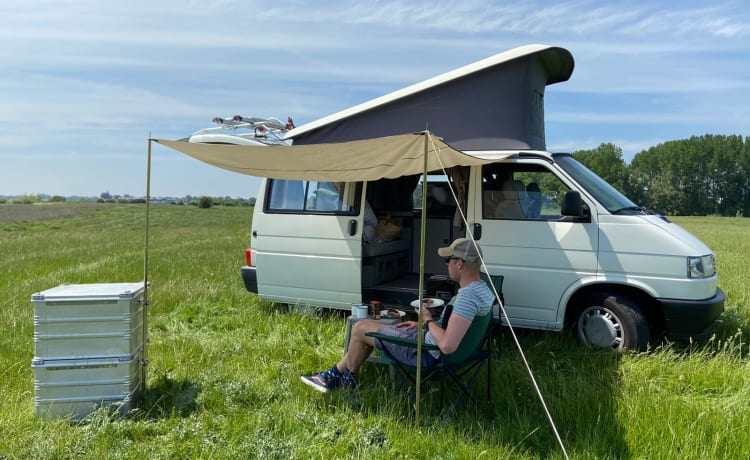 ColumBus – Discover the world in a VW T4 California!