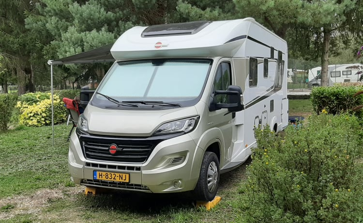 "Camper Happyness – Camper ""Happyness"""