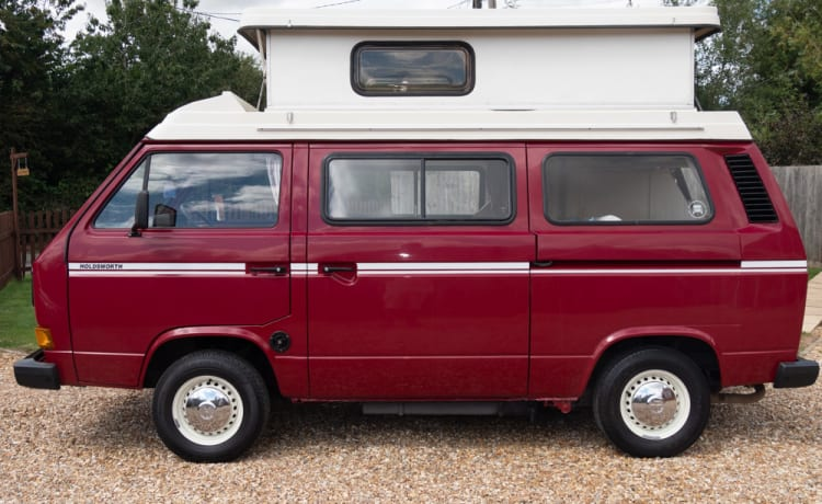 Ruby – Ruby our VW T25 Holdsworth Villa 3 Conversion