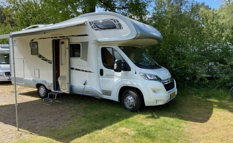 Very spacious and complete GiottiLine camper