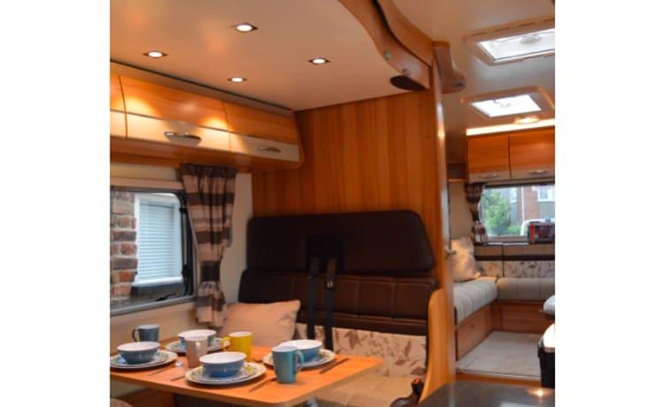 Camper di lusso con 6 posti letto