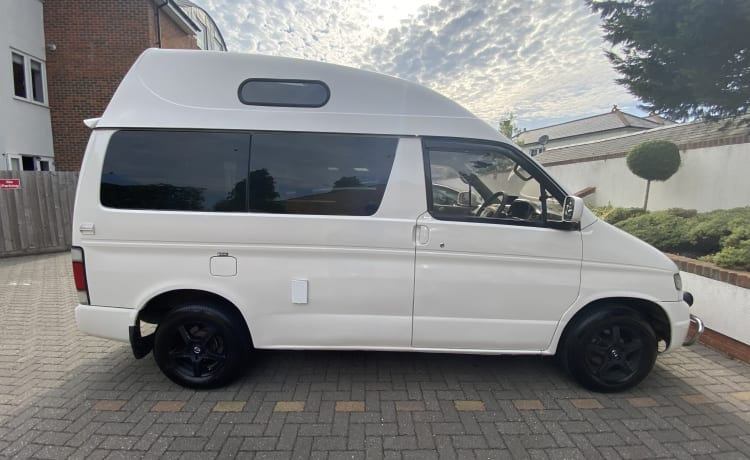 Snowy – Mazda Bongo High-Top Campervan