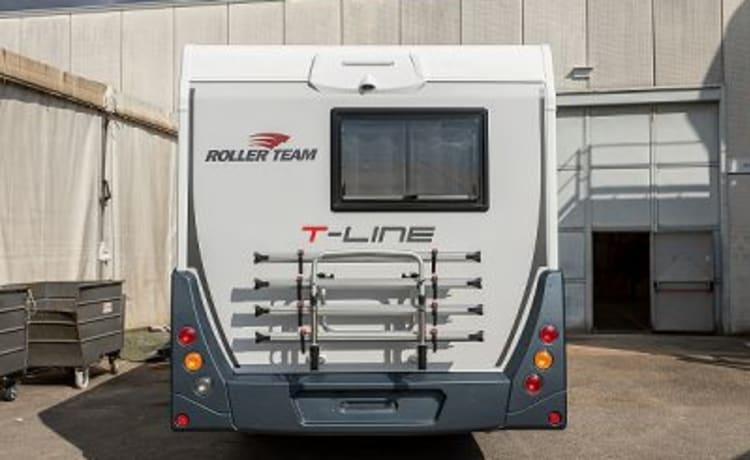 Gloednieuw luxe Roller Team T-Line 743