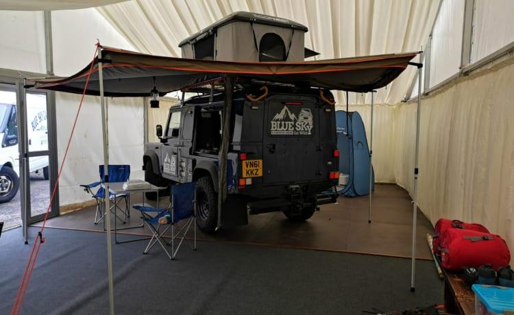 Blue Sky – Land rover defender adventure campers