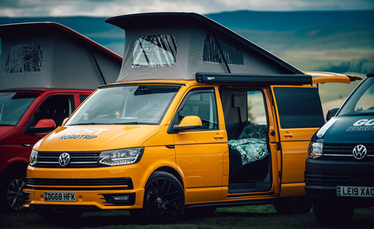 Enrique – 2018 VW T6 Camper with Awning