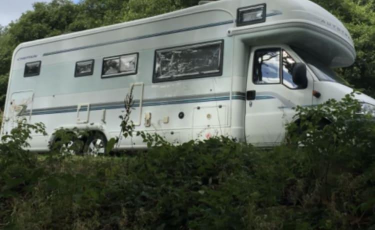 6 Berth Tag Axle Camper te huur