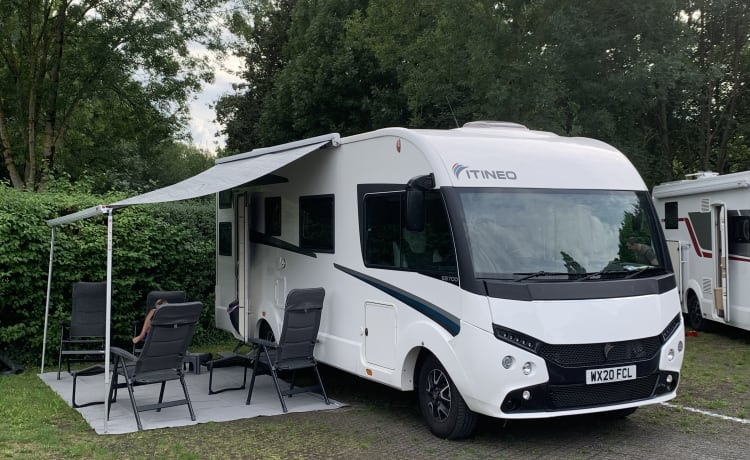 Jumbo – Gloednieuwe 2020 6 Birth Family Luxe A-klasse camper