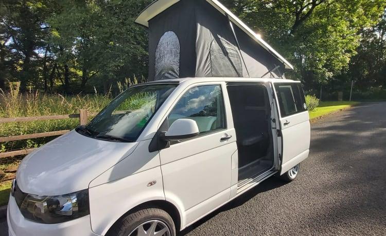 Volkswagen Camper T5.1 Volledig verzekerd voor maximaal 2 chauffeurs