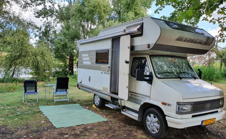 Turbo Daisy – Neat 4 person Hymer Camp ready for adventure!