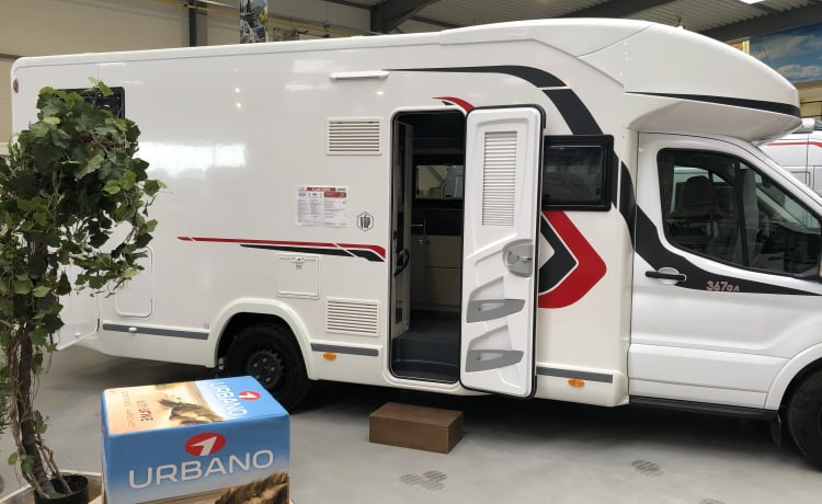 Brand new Ford Challenger mobile home for rent