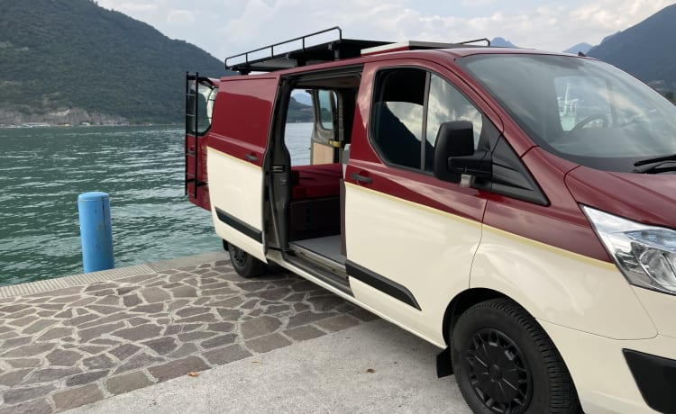 Furghi – Camperized Van with habitable Deck