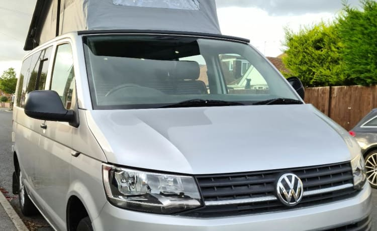 silver lady – VW TRANSPORTER SWB CAMPER 4 PERSONEN