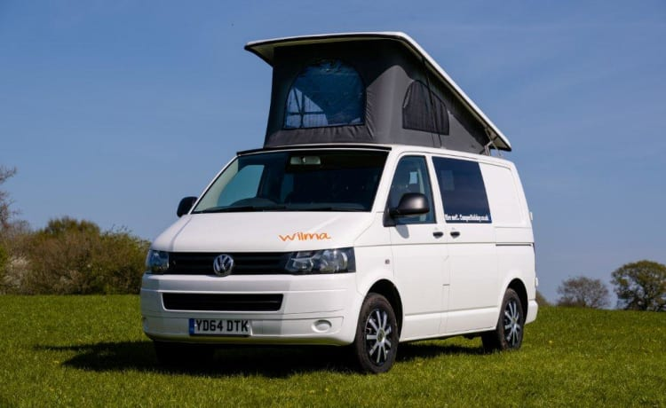 Adventurous family or friends need a head turning high specification VW T5
