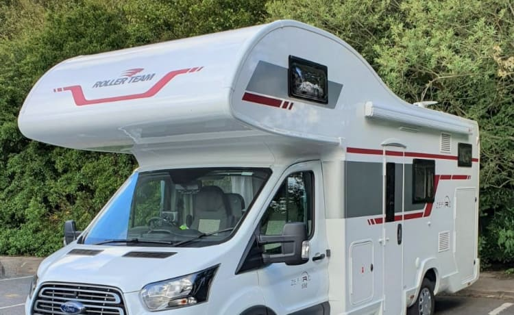 Roller Team Zefiro 690 – Brand New 2020 6 Berth Luxury Motorhome