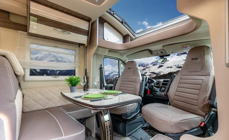Secret 2 freedom II – Gloednieuwe luxe motorhome Mc Louis Carat 473 / 4 pers  / full option