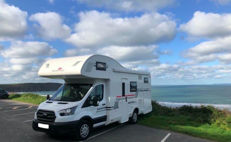 Explore – Camper con 6 posti letto