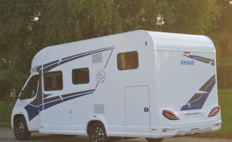 Knaus Live Wave 650MG camper