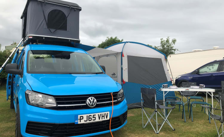 4 Birth – DinkyDubs VW Caddy Campervan