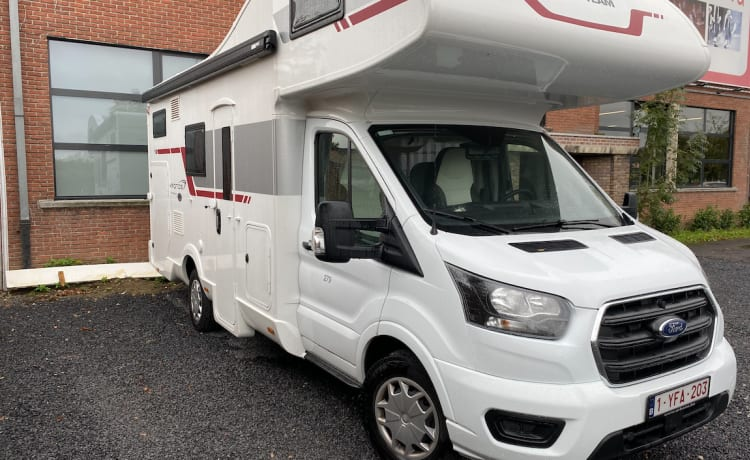 Nieuwe 6 persoons mobilhome