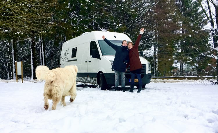 Camper Pioneer – Go winter-proof on an adventure with our camper van Camper Pioneer