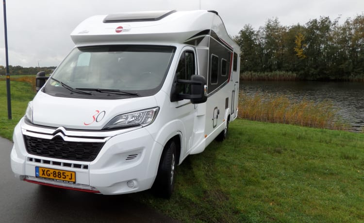 Busrtner ixeo citroen – Luxury Camper Burstner IXEO 726 for 2-4 people